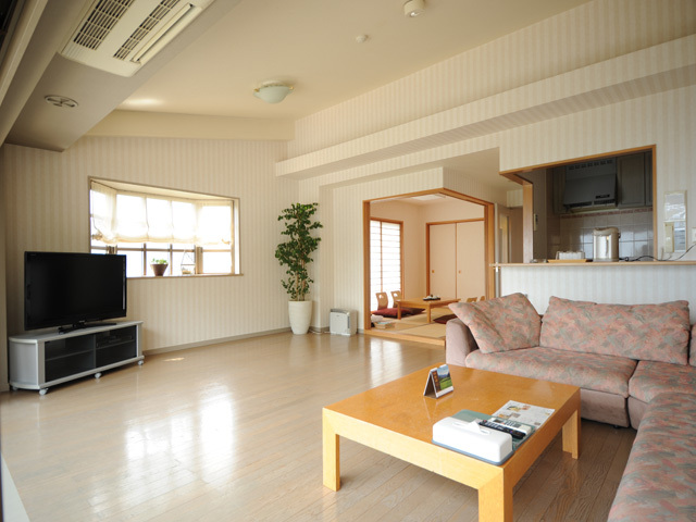 【和洋室/75平米】和室+リビング+洋室ツインベッド